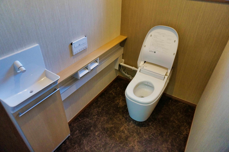 トイレ 自動開閉カバー ウォシュレット 手洗い